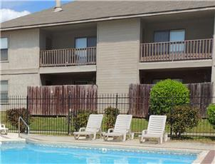Cedar Creek Village apartment in Shreveport, LA