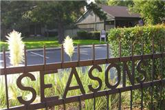 Seasons Apartments